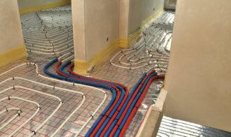 Ogrzewanie podłogowe w bloku - jak się do tego zabrać?
